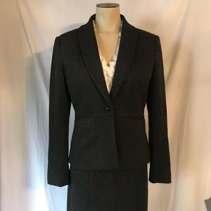 Ann Taylor Salt and pepper Gray Suit, Size 2